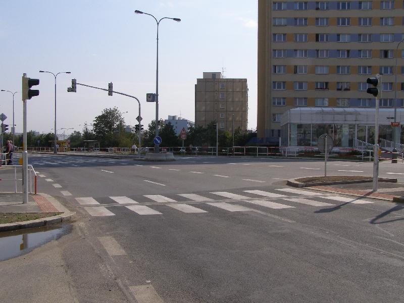 Křižovatka Opatovská 2, obrázek se otevře v novém okně