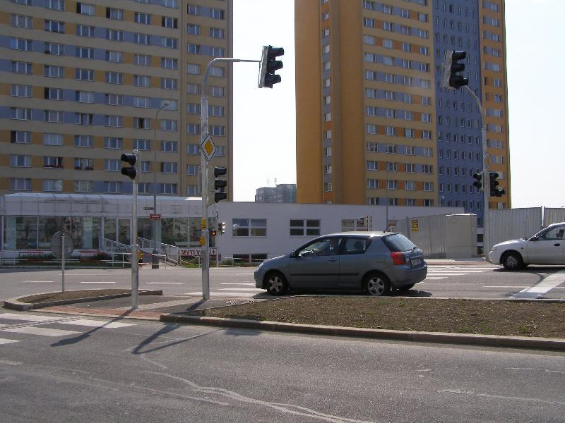 Křižovatka Opatovská 4, obrázek se otevře v novém okně