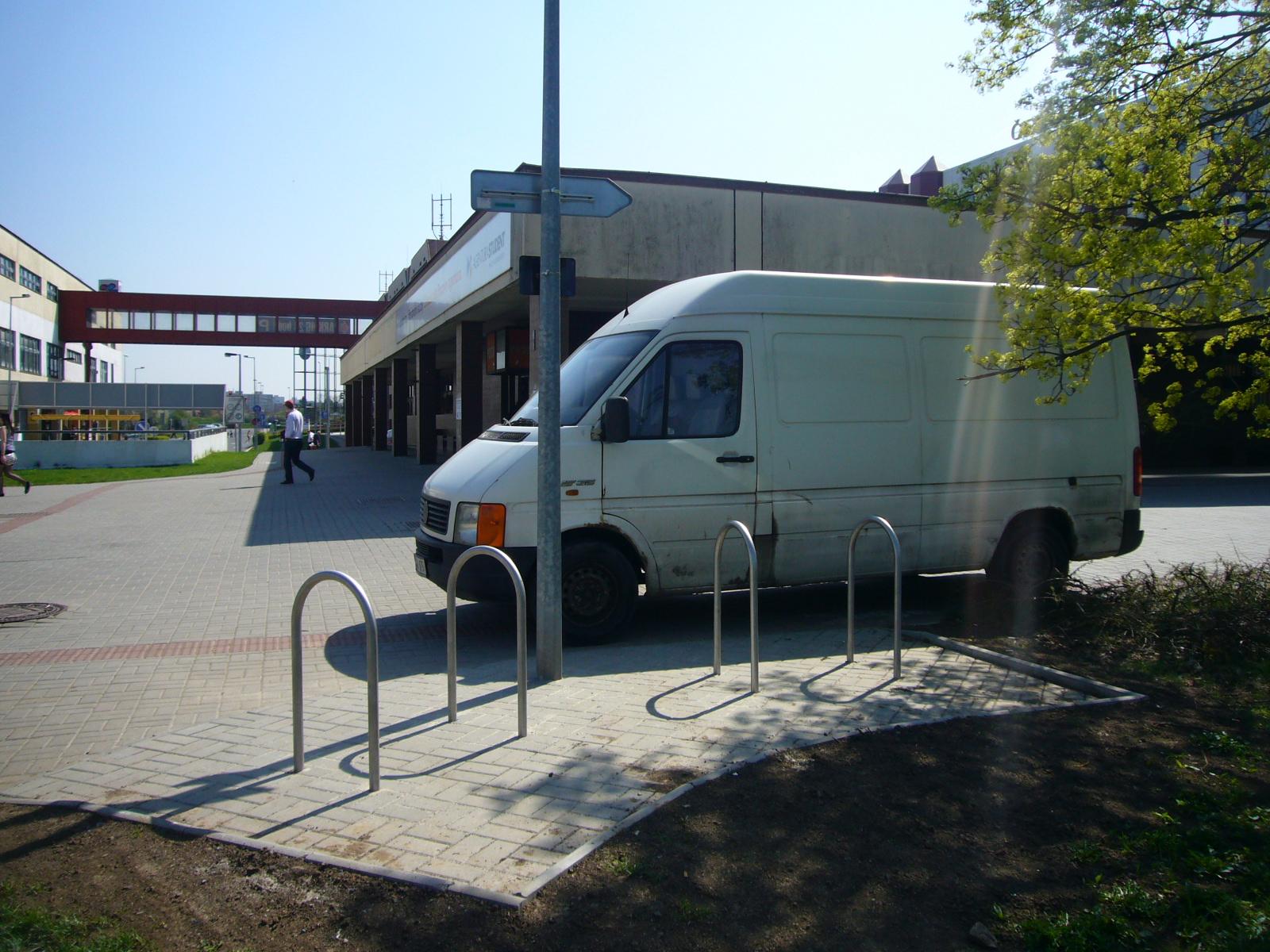 I 06 Česká pošta   Hráského, obrázek se otevře v novém okně